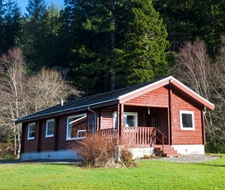Feorag Lodge sits by the edge of the Argyll Forest Park.